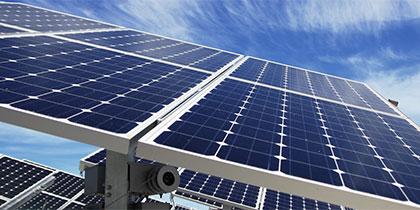Solaranlage mit automatischem Fahrsystem